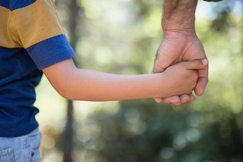 Определение порядка общения с ребенком, времени общения и места его проживания