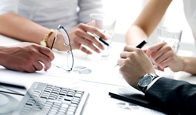 Оспаривание решений должностных лиц, государственных и муниципальных служащих